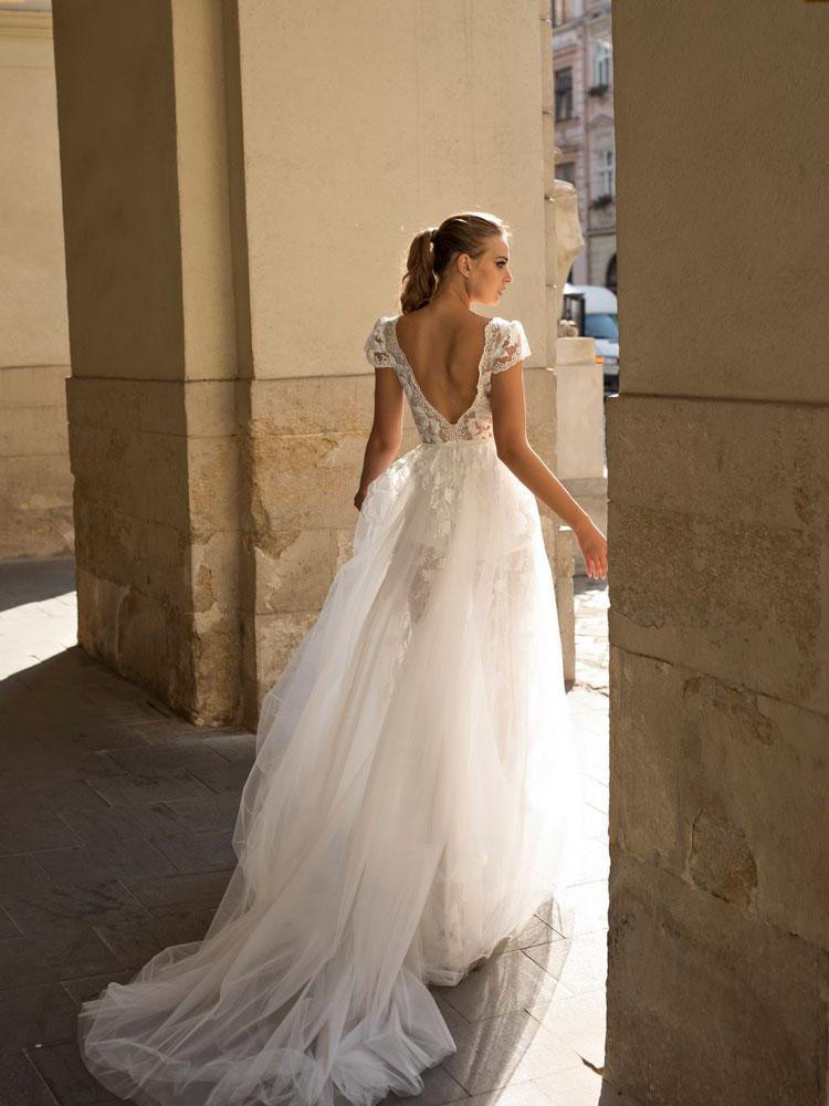 2019-weddingDress09-1