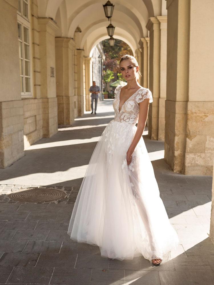 2019-weddingDress09-3
